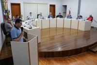 Presidente de associação e o secretário de Agricultura usam a Tribuna Livre